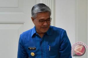 Gubernur Sultra imbau masyarakat dukung Fildan Baubau