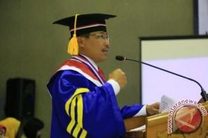 Bupati Cirebon raih gelar doktor ilmu pemerintahan