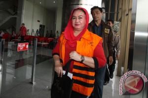 KPK periksa 12 saksi kasus Bupati Klaten