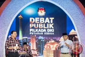 Relawan Ahok laporkan ketua KPU DKI Jakarta terkait debat