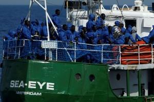 Libya minta bantuan Italia