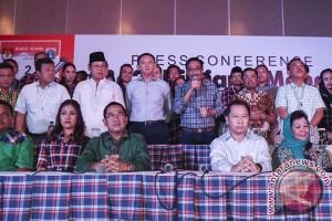 Konferensi Pers Ahok-Djarot