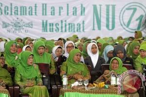 Mensos peringati Isra Mikraj bersama Muslimat NU