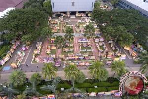 Ribuan karangan bunga Ahok-Djarot sesaki balai kota Jakarta