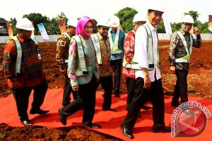 Indonesian govt committed to build more low-cost apartments: President Jokowi