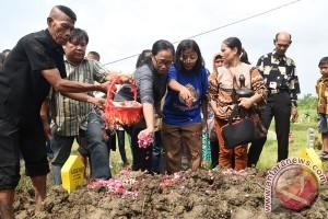 Pemakaman Bambang Gentolet