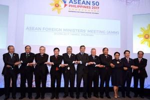 Menlu se-ASEAN akan datangi AS minta klarifikasi kebijakan Trump
