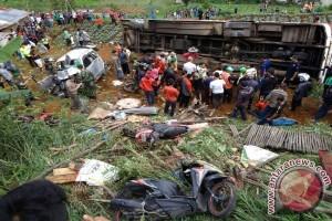 Kecelakaan Ciloto - Polda Jabar  lakukan olah TKP