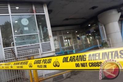 Transjakarta tingkatkan keamanan di halte dan jalur