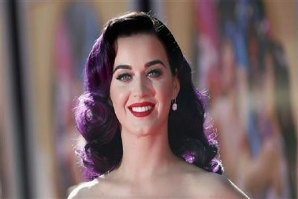 Katy Perry Punya 100 Juta Pengikut Twitter
