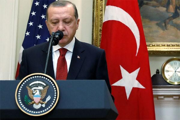 Presiden Turki dan Raja Salman bahas usaha akhiri ketegangan dengan Qatar