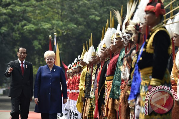 Dalia Grybauskaite, Presiden Lithuania pertama ke Indonesia