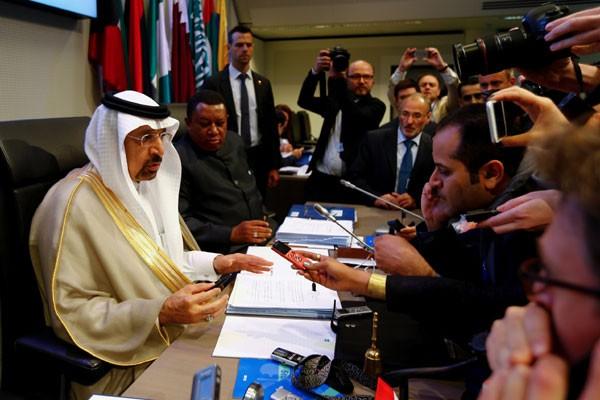 Laporan bulanan OPEC dorong harga minyak dunia naik