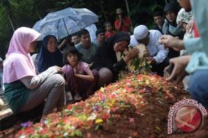 Pemakaman Mantan Pewarta Foto Antara
