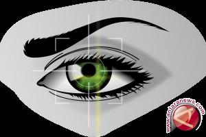 Lensa kontak bisa kelabui pemindai wajah di ponsel