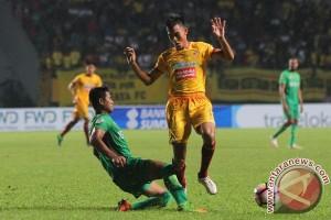 Sriwijaya FC merasa diuntungkan bermain di Malang