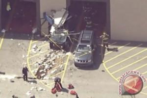 3 tewas, 10 terluka dalam tabrakan lelang mobil Massachusetts