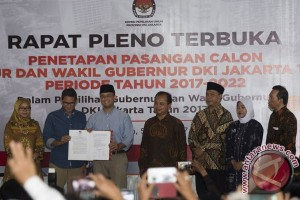 KPU DKI tetapkan Anies-Sandi sebagai Gubernur-Wagub terpilih