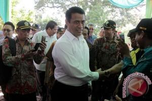 Mentan ajak putra Indonesia ciptakan mesin pertanian