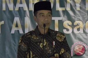 Jokowi shalat tarawih di Sentul City
