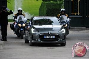 Teka-teki mobil kepresidenan Emmanuel Macron: Renault atau Peugoet?