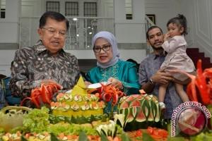 Jusuf Kalla berusia 75 tahun, acara sederhana dihadiri beberapa tokoh