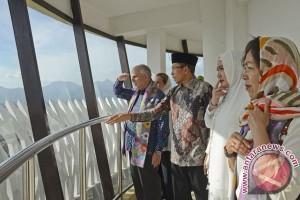 Dubes Amerika Kunjungi Pulau Lombok