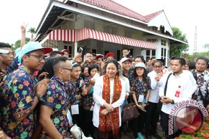 Puan buka lawatan Sejarah Nasional