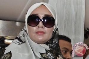 Penyidik tanya Firza Husein soal percakapan pornografi