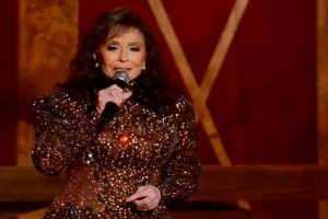 Penyanyi country Loretta Lynn masuk rehab setelah kena stroke