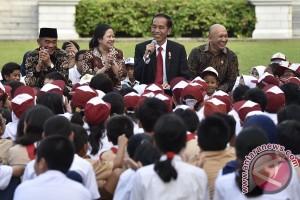 "Presiden dongengkan ""Lutung Kasarung"" di Istana Merdeka"