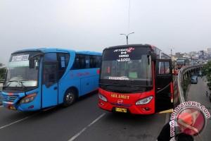Armada bus mudik dicek di Bandung, banyak tidak laik jalan