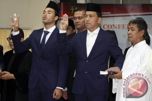 Menpora harapkan Ezra tingkatkan prestasi Indonesia