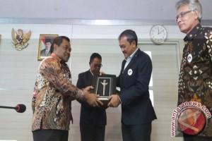 Indonesia berpeluang kembangkan industri telekomunikasi di Suriname