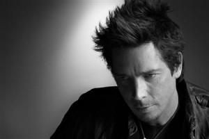 """Chris Cornell """"Audioslave"""" meninggal karena gantung diri"""