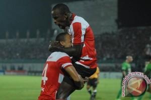 Madura United bantai Semen Padang 6-0