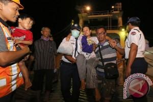 Sebagian korban KM Mutiara masih di Surabaya