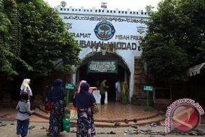 Renovasi Makam Mbah Priok