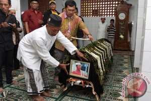 Pemakaman Pelawak Cahyono