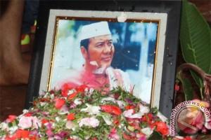 Pelawak Cahyono meninggal dunia