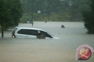 Tolitoli lumpuh akibat banjir