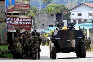 Filipina kerahkan helikopter serang untuk rebut kembali Marawi