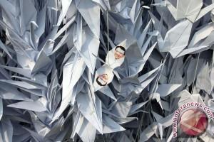 Origami Perdamaian Balai Kota