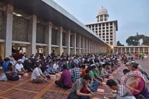 PP AMPG santuni 2.500 anak yatim Aceh
