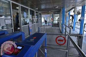 Kemarin, heboh pejabat tersangka suap Kemendes dan halte Kampung Melayu diperbaiki