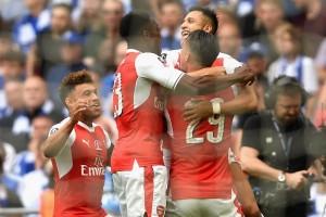 Gol Sanchez tempatkan Arsenal ungguli Chelsea di babak pertama
