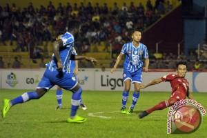 Semen Padang VS Persiba