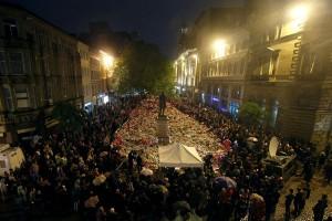Polisi Inggris bebaskan tiga pria ditangkap terkait serangan Manchester