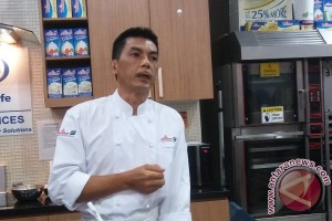 Kiat chef Petrus hindari kue kering keras