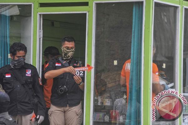 Densus 88 tangkap dua terduga teroris di Bandung